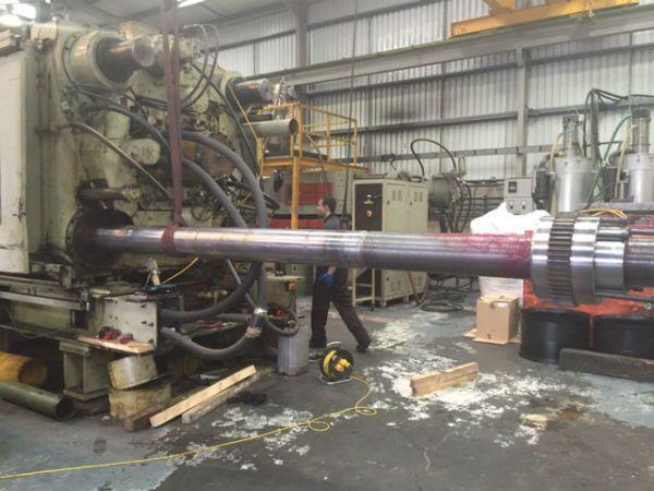 Moulding machine servicing